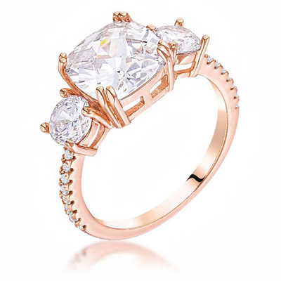 eCommerce product photography of jewelry